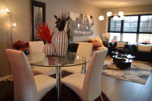 dining-room-1158266_1920.jpg