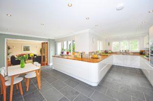 kitchen-1336160_1920.jpg